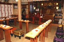 神殿(30人収容)