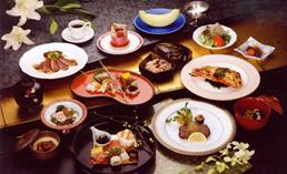 和洋折衷料理(季節により盛り付け、食材がかわります)
