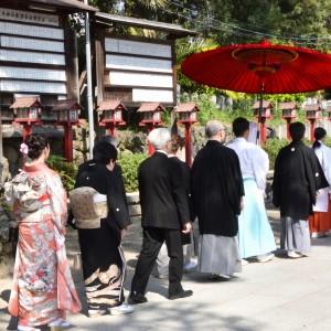 儀式殿での挙式後参進でご本殿へ向かいます